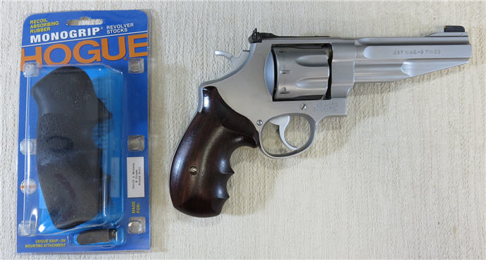 S&W 627 With Original Grips and Hogue Monogrip Package